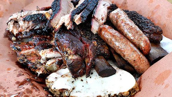 Chef Rebecca Masson reviews Barbecue at Killen's BBQ