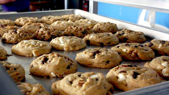 Chef Rich Sweeney reviews California Killer Cookies at