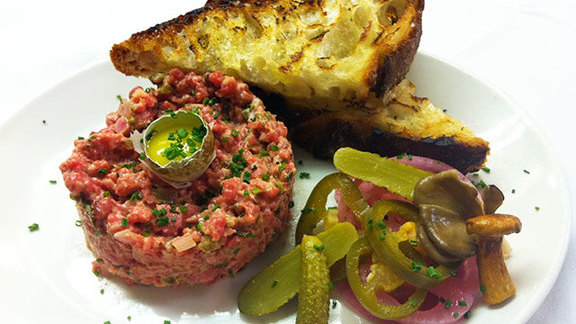 Steak tartare at Central Kitchen