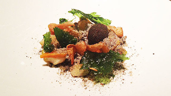 Chef Joanne Weir reviews Salt baked roots at