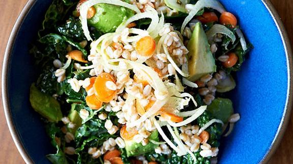 Chef Cortney Burns reviews Lacinato kale salad at