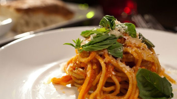 Chef Mary Catherine Curren reviews Pasta at Olive & June