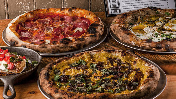 Chef Matthew Gaudet reviews Any pizza at Area Four