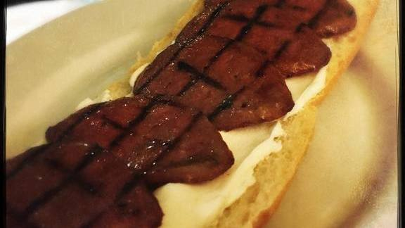 Chef Greg Baker reviews Smoked bologna open-faced sandwich at The Refinery