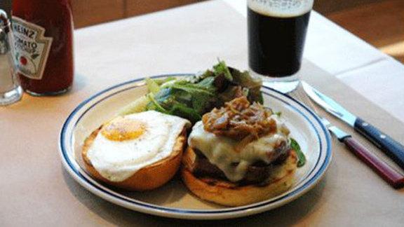Banger sandwich at Pub & Kitchen