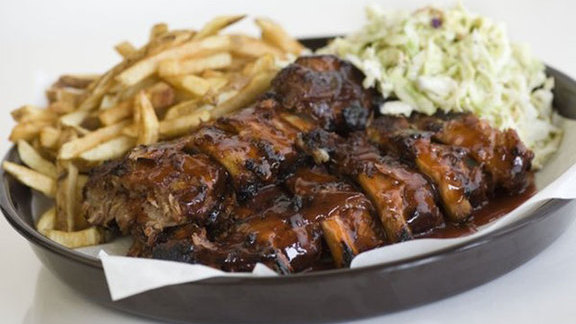 Chef Rich Sweeney reviews Baby back ribs at