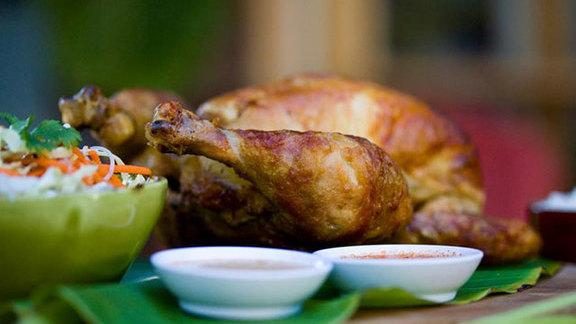 Chef Matt Gordon reviews Thai grilled chicken at