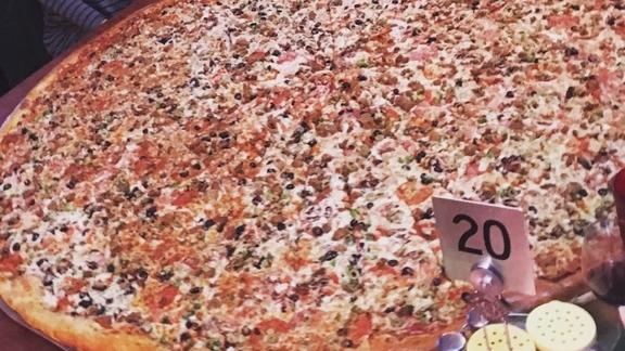 4 foot pizza at Big Lou's Pizza