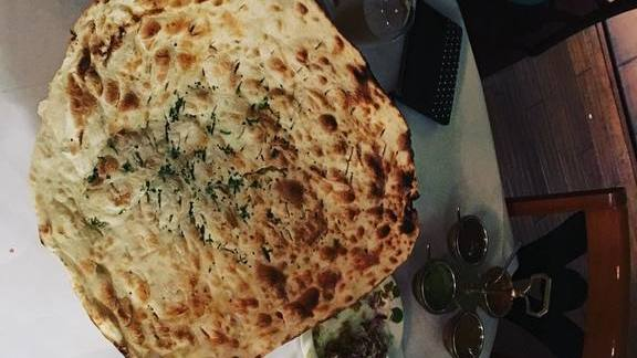 Chef Jason Bergeron reviews Naan bread at Chroma Modern Bar + Kitchen