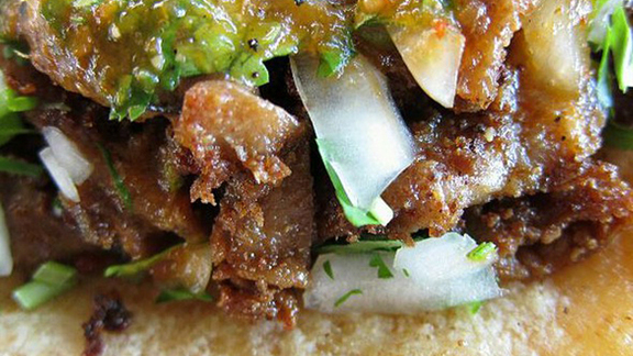 Chef Ross Wunderlich reviews Tripe taco at