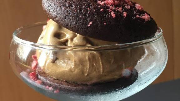 Burnt marshmallow ice cream whoopie-style at Poppy