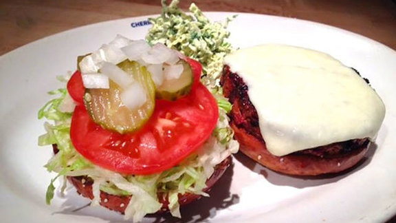 Chef Tom Coohill reviews Veggie burger at