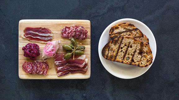 Chef Jöne Pan reviews Serpentine meat board at