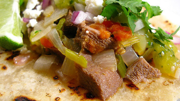 Chef Todd Richards reviews Beef tongue tacos at