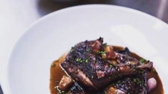 Chef Suzanne Tracht reviews Coq au Vin at Jar Restaurant