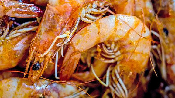 Lemon pepper shrimp at Hot N Juicy Crawfish