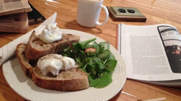Chef Andrew Richardson reviews Poached Eggs on toast at