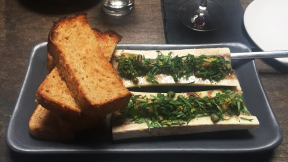 Chef Jonathan Sutton reviews Bone marrow at The Alembic