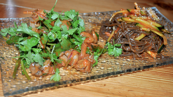 Chef Pichet Ong reviews Spicy whelk salad with buckwheat noodles at Danji