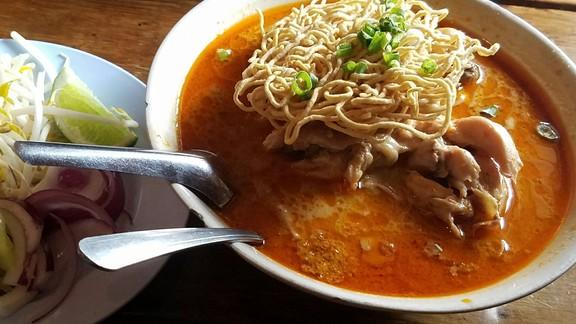 Khao soi gai at Mee-Sen Thai Eatery