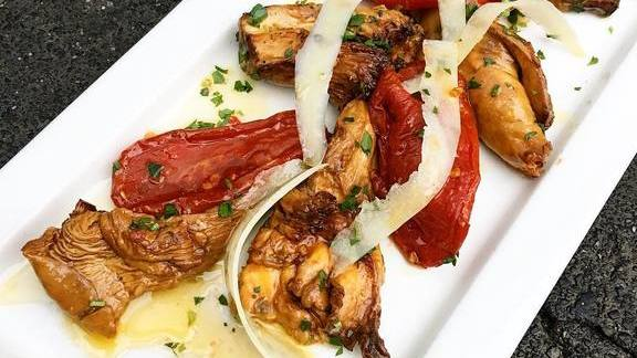 Preserved & marinated chanterelle mushrooms & SAN Marzano tomatoes + idiazabal at Duende