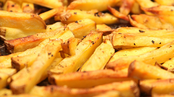 Chef Monica Glass reviews French fries at