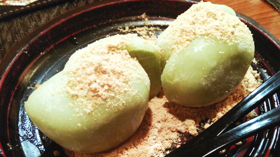 Green tea mochi at Yakitori Totto