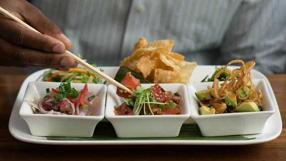 Chef Heidi Gibson reviews Original Hawaiian Poke at Pacific Catch