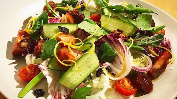 Mozzarella di bufala, spring salad at Che Fico - COMING SOON