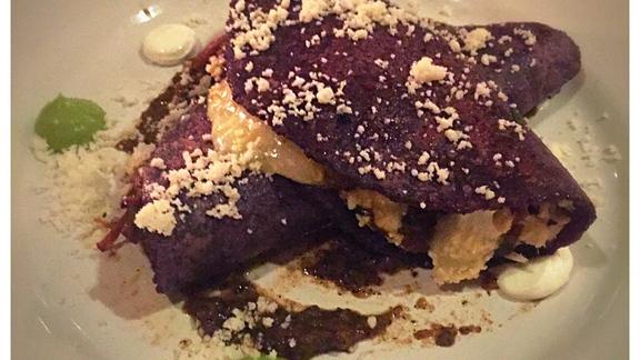 Chef Clinton Kendall reviews Quesadilla at Broken Spanish