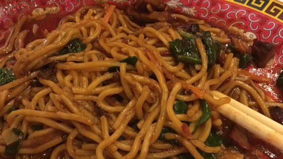 Chef Chris  Starkus reviews Chinese wok noodle at