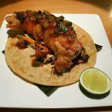 Thai fried chicken tacos at CHO77