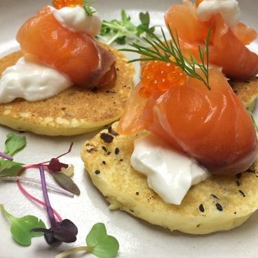NYE 1st course: house cured Skuna bay salmon blini at Bin 707 Foodbar
