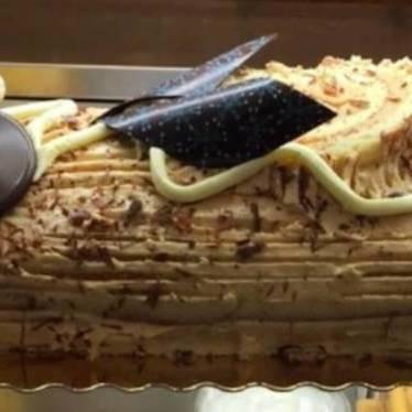 Bûche de Noël cake at La Fournette