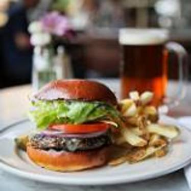Comstock Burger at Comstock Saloon