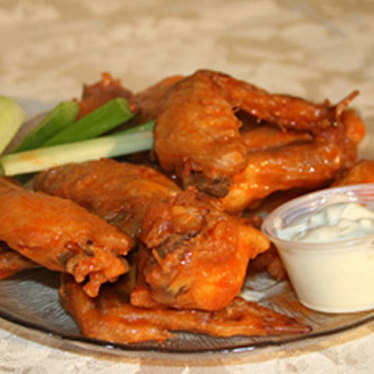 Chicken wings at Byrne's Tavern
