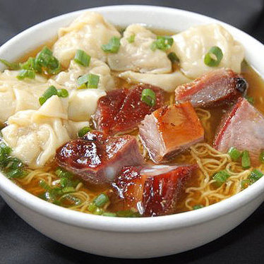Roasted Pork Wonton Noodle Soup