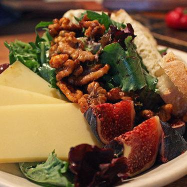 Cheese salad at Pizzetta 211