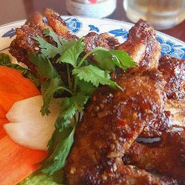 Cánh gà chiên at Tan Dinh