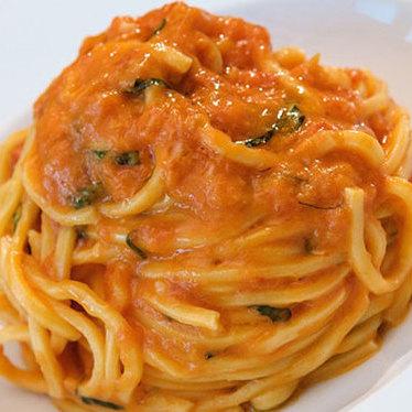 Spaghetti w/ tomato & basil at Scarpetta