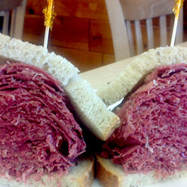 Hot corned beef sandwich at Pomperdale Deli
