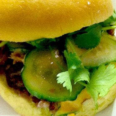 Cracklin' duck herb sandwich at Sakaya Kitchen