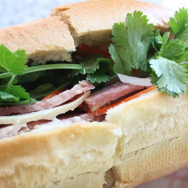 Bánh mì at Thanh Nhi