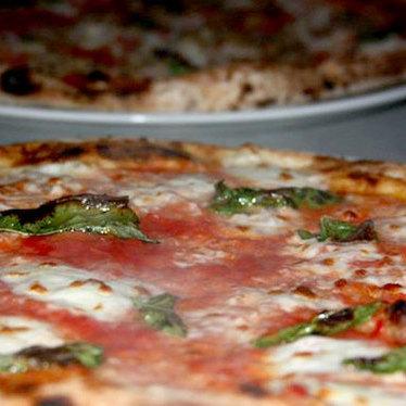 Marinara pizza at Cane Rosso
