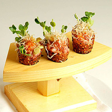 Spicy tuna tartare at Five Sixty by Wolfgang Puck
