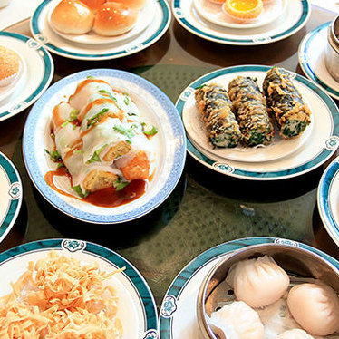 Dim sum at Wong's King Seafood Restaurant