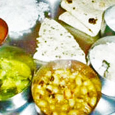 Gujarati thali at Vatica