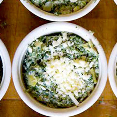 Chicago-style spinach dip at Houston's