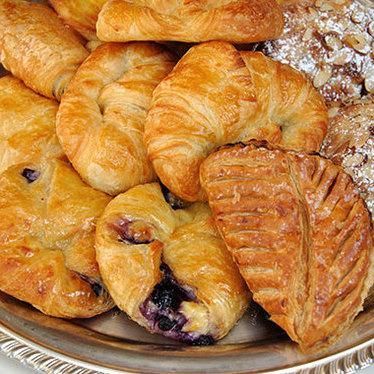 Croissant at Douceur de France