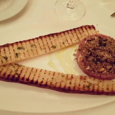 Steak tartare at Perbacco